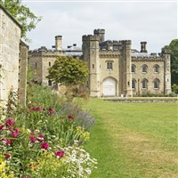 Chiddingstone Castle & Gardens with lunch