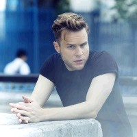 Olly Murs at Newmarket Racecourse