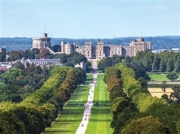 A view showing the surrounding area and Windsor Castle