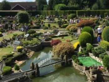 Bekonscot Model Village and River Cruise