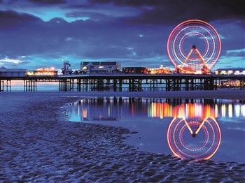 Lit up wheel on Blackpool Pier