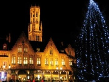 Christmas tree and historical building in Bruges