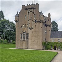 Castles, Houses & Gardens of Scotland