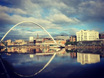 Millenium Bridge over River Tyne