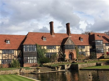 House set within Wisley Gardens