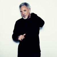 Tom Jones at Colchester Castle Park